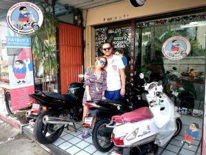 monthly motorbike rental customer in bangkok